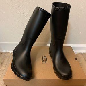 NIB UGG Shelby Matte Rain Boots / Women size 10&12